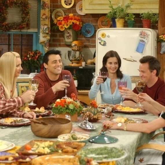 5 choses qu on deteste dans un diner entre amis1