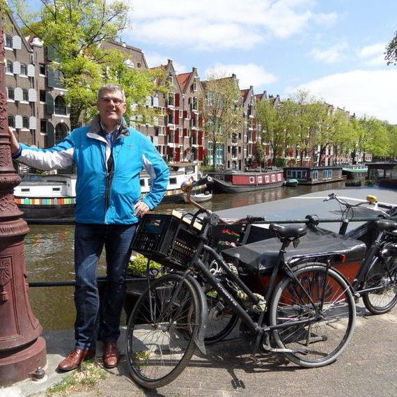 Henk Meuleman fietst voor kinderen in Oost-Europa
